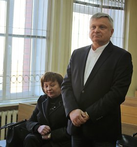 LAT buvusią prokurorę ir verslininką pripažino kaltais dėl bandymo papirkti teisėją