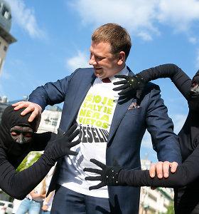 V.Šapoka ragina prilaikyti arklius, o valdžios įstaigos prašo 1,4 mlrd. eurų daugiau nei šiemet