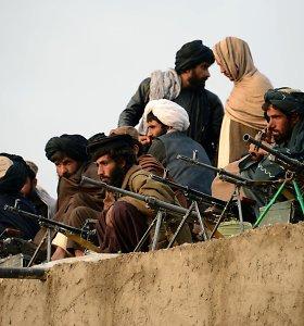 Talibanas sunaikino afganų kariuomenės bazę, nužudė 16 žmonių