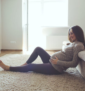 Oficialu: įsigaliojo taisyklės, kurių privalu laikytis gimdant namuose