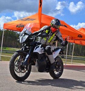 Ugnis ir plienas: KTM motociklų bandymų dienos