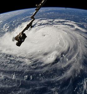 JAV ruošiasi atslenkančiam galingam uraganui Florence