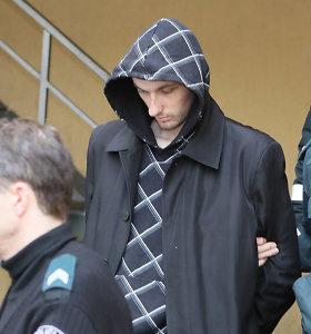 Keturis šeimos narius galimai nužudžiusio E.Anupraičio byla į teismą keliauja be kaltinamojo akto