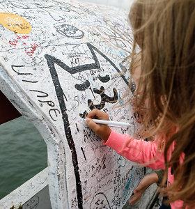 Ant Palangos tilto – ir meilės prisipažinimai, ir piešiniai