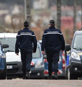 """Prancūzijos policija sulaikė daugiau kaip 20 reketu įtariamų čečėnų, praneša """"Le Figaro"""""""
