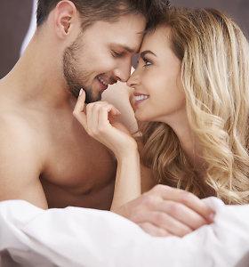 5 patarimai, kuriuos lovoje vyrai norėtų duoti savo moteriai