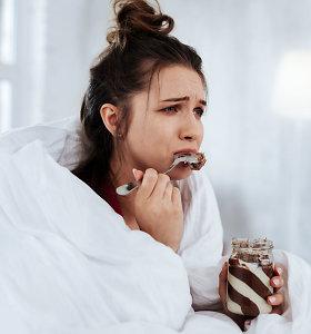 Psichologė apie emocinį valgymą: kokio maisto griebiamės, kai mums liūdna, pikta ar linksma?