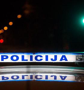 Policija negali išsiaiškinti, kas yra Peliūnuose po BMW ratais žuvęs pėsčiasis