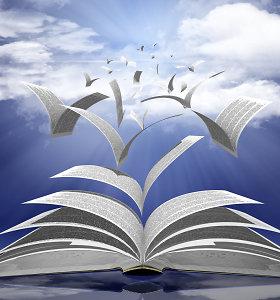 """Leidykla """"Versus aureus"""" dovanoja Vilniui daugiau nei tūkstantį knygų"""