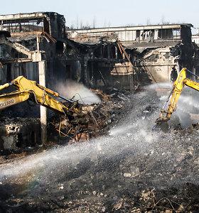 """Po gaisro """"Ekologistikoje"""" Alytaus r. ūkininkai nenori skersti gyvulių, reikalauja papildomų tyrimų"""