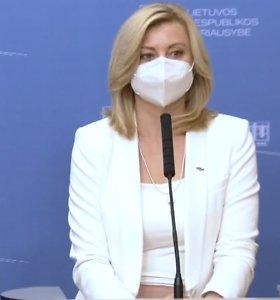Vidaus reikalų ministrei nemalonią išdaigą iškrėtė apranga: internautai to nepraleido pro akis