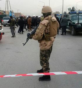 Kabule policija šturmuoja pastatą šalia buvusio gynybos ministro namo, esama sužeistų