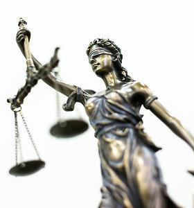 Nuo kyšių teisėjams skandalo atskirta byla: už korupciją ir narkotikus – 22,5 tūkst eurų bauda