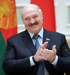Analitikai G.Nausėdai pataria pradėti kalbėtis su Baltarusijos prezidentu A.Lukašenka