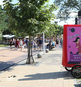 Palangos vasaros parke – Žolinių mugė