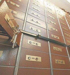 Bankams nauja prievolė – išduoti seifų nuomotojus: paslaugas jau nutraukia