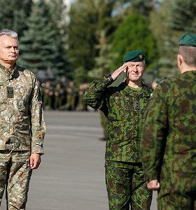 Prezidentas Gitanas Nausėda lankė karius Rukloje