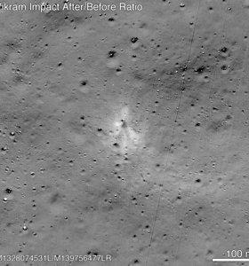Padedant kosmoso entuziastui NASA surado Mėnulyje sudužusį Indijos zondą