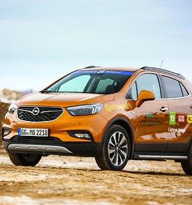 """""""Opel Mokka X"""" – visureigis ir hečbekas viename"""