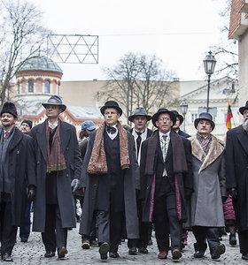 Teatralizuota signatarų eisena Vilniaus gatvėmis