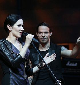 """Jeronimas Milius ir Ieva Prudnikovaitė koncerte """"Klasikinė kontrabanda"""" mėgino sulaužyti muzikinius stereotipus"""
