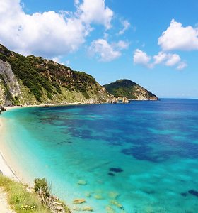 Užburianti Elbos sala Italijoje