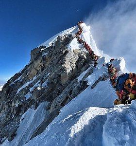 Žūtys prie Everesto kelia susirūpinimą lietuvių saugumu kalnuose: gidų nepasiruošimas šokiruoja