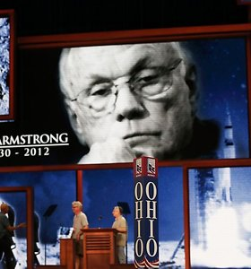 Liepos 20-oji: 1969 m. Neilas Armstrongas išsilaipino Mėnulyje