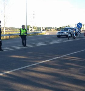 Telšiuose susidūrė automobiliai, po avarijos liko prispaustas žmogus