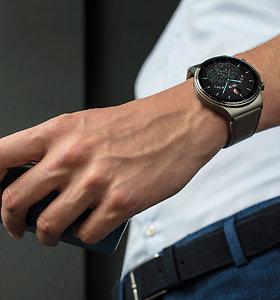 """Kas privertė vyrus nešioti laikrodžius ant riešo? """"Huawei Watch GT 2 Pro"""" apžvalga"""