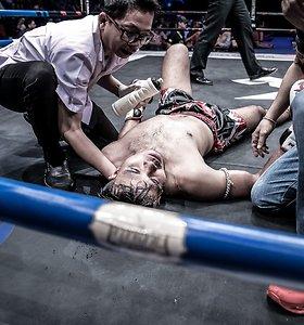Įspūdingas S.Gaižausko nokautas Tailande: lietuvio alkūnė žudikė paguldė varžovą ant ringo grindų dukart