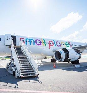 """S.Bartkus: """"Small Planet Airlines"""" svarsto galimybę kreiptis dėl bankroto bylos iškėlimo"""