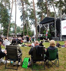 """Muzikos festivalis """"Akacijų alėja 2019"""" Kulautuvoje"""