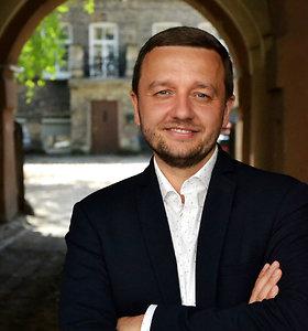 """Teisės mokslų dr. Juozas Valčiukas: """"Puikūs egzaminų įvertinimai ir pasiektas diplomas – tik pusė darbo"""""""