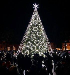 Raseiniai pasidabino kalėdiniais papuošimais