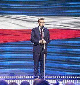 Lenkijos premjeras dėl įtemptos darbotvarkės atšaukė privatų vizitą į Lietuvą