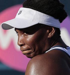 Akapulke – apmaudi Venus Williams nesėkmė ir kitų favoričių kluptelėjimai