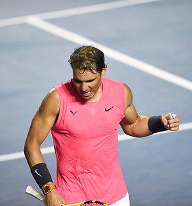 R.Nadalis sumedžiojo dar vieną grobį, tačiau pusfinalyje jo lauks ne S.Wawrinka