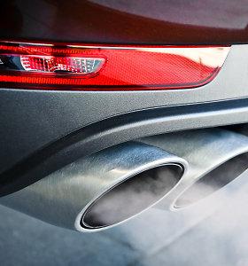 Taršių automobilių apmokestinimas palies dvi gyventojų grupes: kas mokės didžiausius mokesčius?