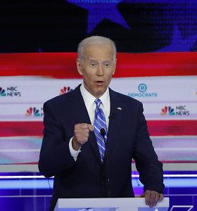 Per JAV demokratų pretendentų į prezidento postą debatus J.Bidenas sulaukė griežtos kritikos