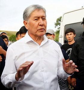Kirgizijos eksprezidentas įtariamas neramumų ir pasikėsinimo nužudyti organizavimu