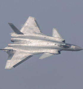 Kinijos karinės oro pajėgos pasivijo Rusiją?