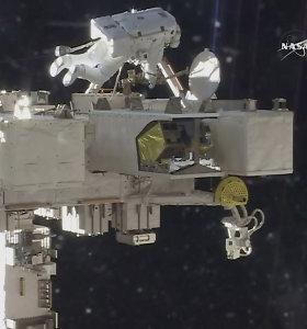 NASA astronautai prie TKS sumontavo naujas aukštos raiškos kameras