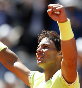Grandų akistatoje Rafaelis Nadalis nukovė Rogerį Federerį