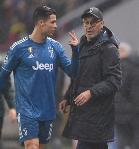 """C.Ronaldo pats ėmė gesinti gaisrus: """"Kontroversijos nėra. Jūs ją sukuriate"""""""