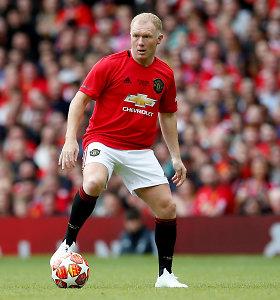 """Legendinis """"Manchester United"""" saugas nubaustas už lažybas: atliko 140 statymų"""