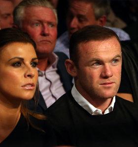 Anglijos futbolo žvaigždė dėl ydos prašo pagalbos, kad išsaugotų santuoką