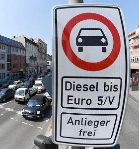 Teismas nurodė dyzelinių automobilių eismą apriboti dar dviejuose Vokietijos miestuose