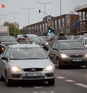 Aplinkos ministras: taršių automobilių mokestis ateityje keisis