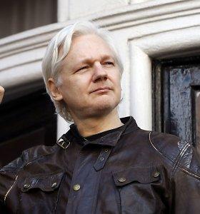 """Julianas Assange'as – apie kaltinimus """"WikiLeaks"""", Rusiją ir JAV"""